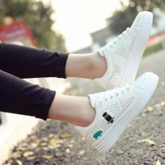 Giày Sneaker Nữ Da Mềm Đế Cao 4Cm Thêu Họa Tiết Dễ Thương - Msp 2925