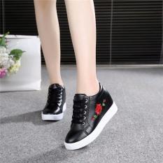Giày Sneaker Nữ Độn Đế Thêu Hoa Hồng (đen)