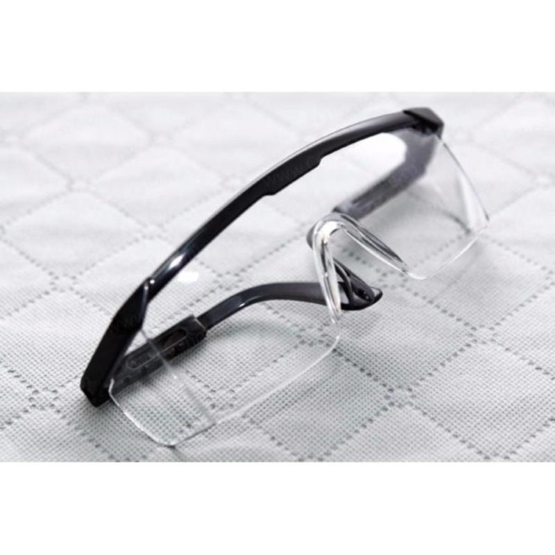 Giá bán Kính chống bụi bảo vệ mắt cản gió cao cấp KMT02
