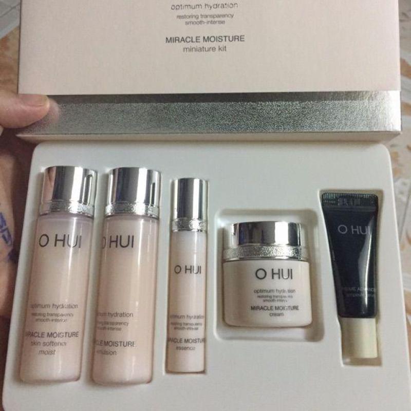 Set Ohui Miracle Moisture cấp ẩm dưỡng trắng hồng 5 sản phẩm tốt nhất