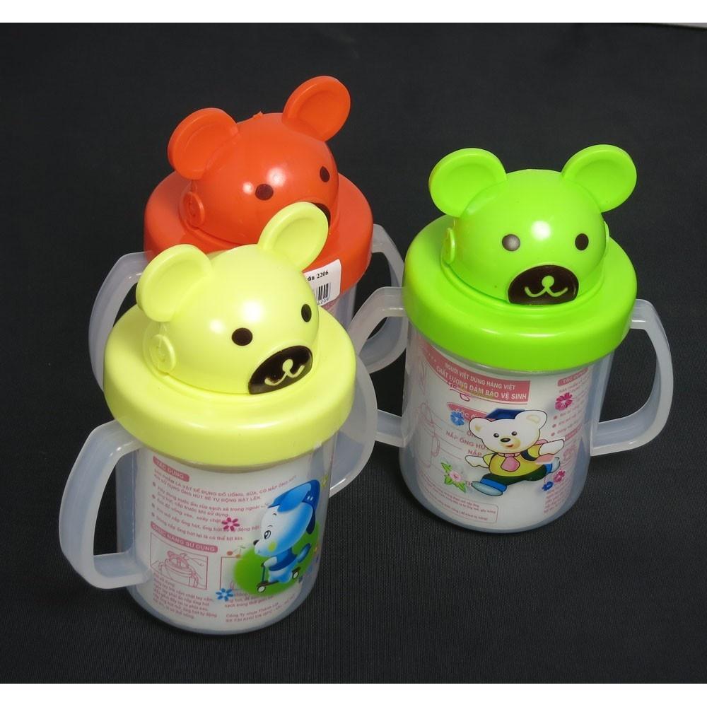 Bình tập uống nước cho bé có ống hút gấu xinh
