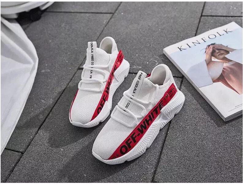 Hình ảnh giày thể thao vải chữ