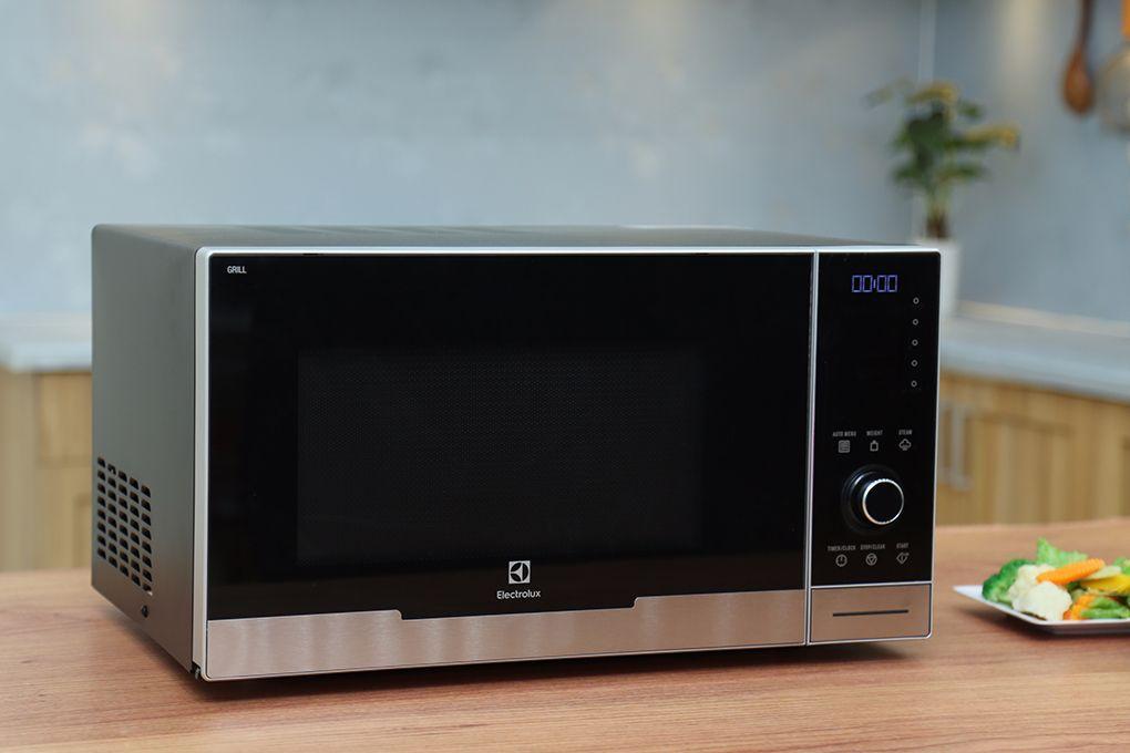 Lò vi sóng Electrolux EMS3085X 30 lít
