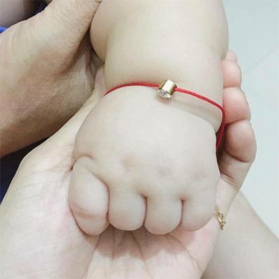 Vòng đeo tay cho bé và mẹ chỉ đỏ kim vàng  - MAY MẮN CHO BÉ ,GIA ĐÌNH, SỨC KHỎE VÀ BÌNH AN. Nhật Bản