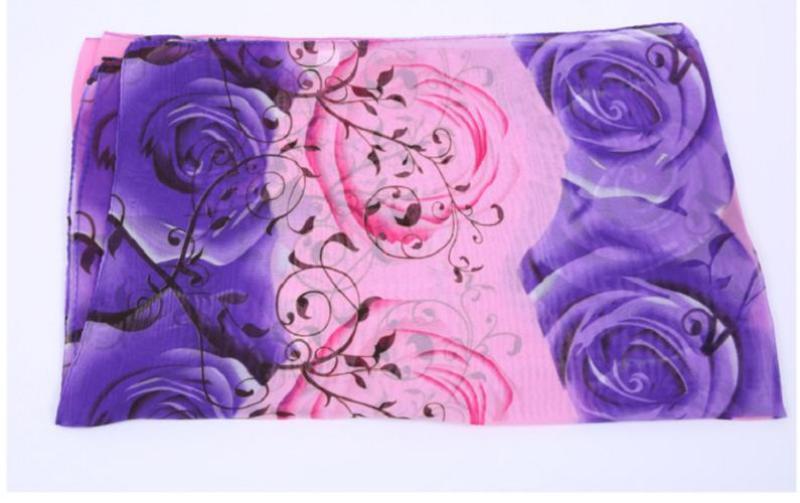 Khăn choàng cổ voan họa tiết hoa hồng (màu hồng tím)