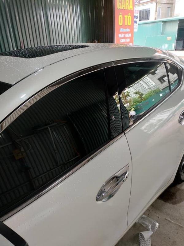 Ốp bóng trụ cửa mazda 3 đời All new và facelift (Gồm cả sedan và hatcback)