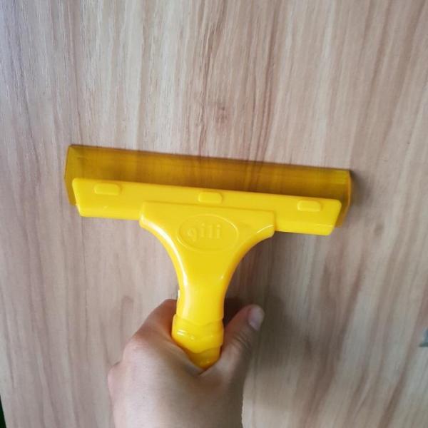 Gạt Kính gạt nước nhà tắm mini loại ngắn màu vàng