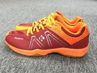 Giày cầu lông nam nữ Kumpoo KH16 mầu đỏ - Giày đánh cầu lông bóng chuyền nam nữ Kumpoo KH16 mầu đỏ cao cấp, chuyên nghiệp, đế kép bền đẹp thumbnail