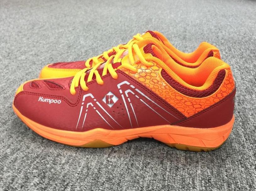 Giày cầu lông nam nữ Kumpoo KH16 mầu đỏ - Giày đánh cầu lông bóng chuyền nam nữ Kumpoo KH16 mầu đỏ cao cấp, chuyên nghiệp, đế kép bền đẹp giá rẻ