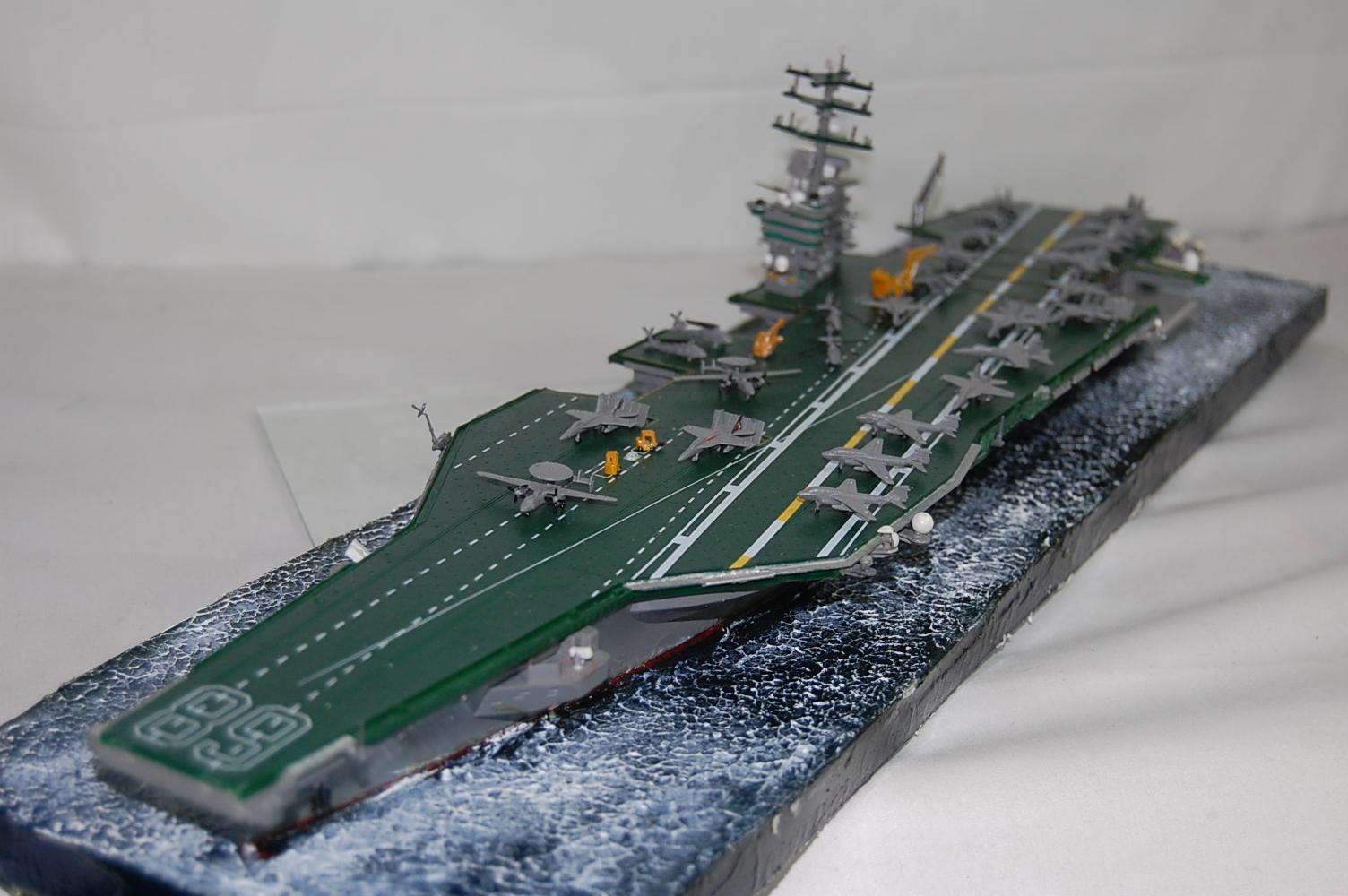 Hình ảnh Mô hình tàu sân bay USS Nimitz CV68 tỉ lệ 1:700