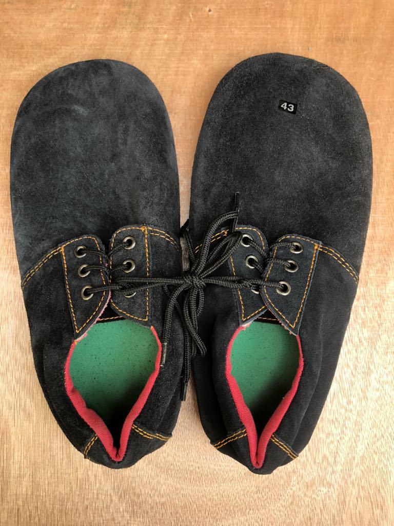 Giày vịt đá cầu( giày triều SG)