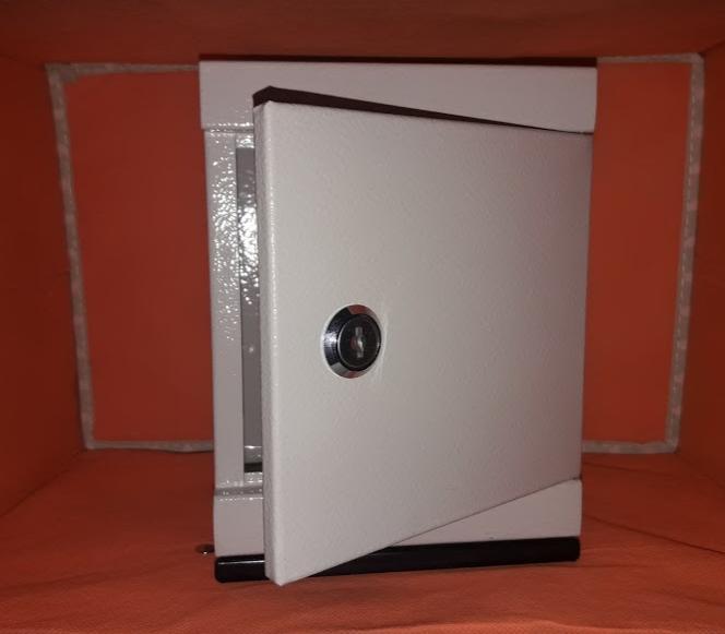 Két sắt mini tiết kiệm, bảo mật SunHa 20x15x12 cho học sinh, sinh viên (màu trắng sữa)