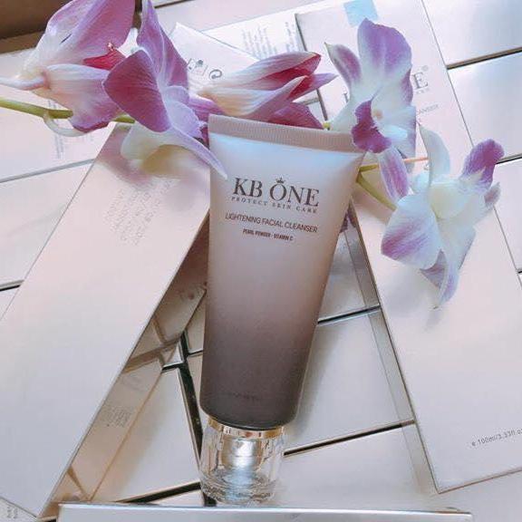 Sữa Rửa Mặt Sáng Da Ngừa Mụn KB ONE 100ml - Tặng kèm tắm trắng cafe Luxe Skin trị giá 99.000 tốt nhất