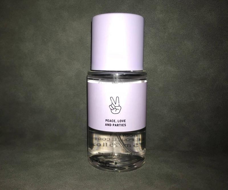 Xịt thơm toàn thân Victoria's Secret Body Mist Love Haze 75ml - 2.5 fl oz