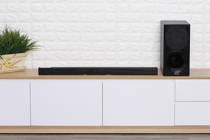 Loa thanh soundbar Samsung 2.1 HW-M450 320W