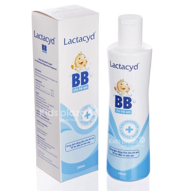 Sữa tắm Lactacyd BB 250ml chống rôm sảy