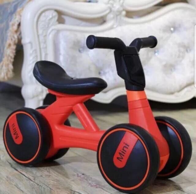 Giá bán Xe thăng bằng mini cho bé yêu
