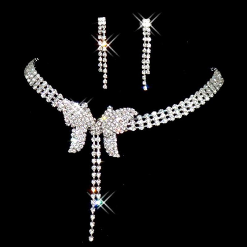 Bộ trang sức dạ tiệc đính đá cánh bướm