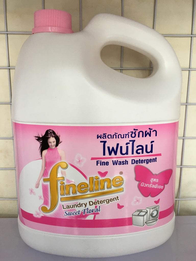Nước giặt xả Fineline 3000ml - Màu hồng mộng mơ