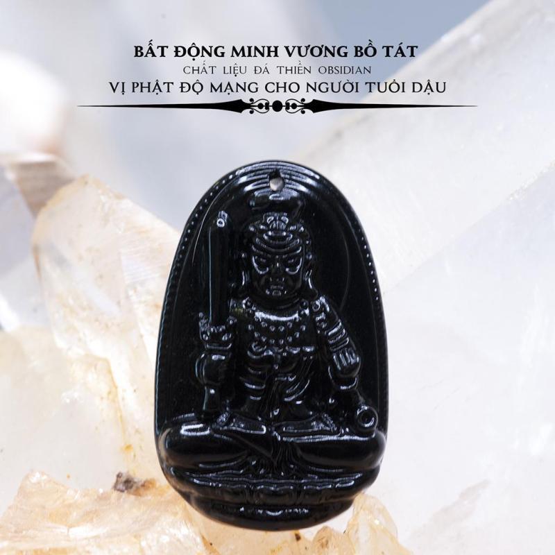 Mặt dây chuyền Bất Động Minh Vương Bồ Tát Obsidian - Phật bản mệnh cho người tuổi Dậu