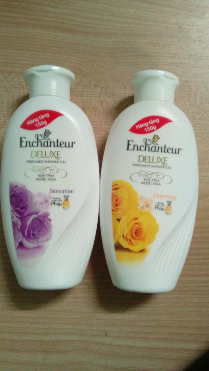 Hình ảnh Sữa Tắm Trắng Và Dưỡng Ẩm có hạt Enchanteur Deluxe (hàng tặng 150g)