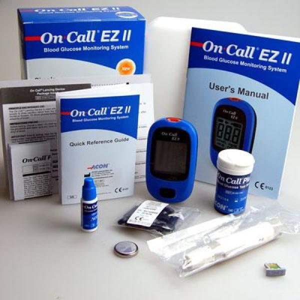 Máy đo đường huyết On Call EZ II + Tặng 25 kim, 25 que thử