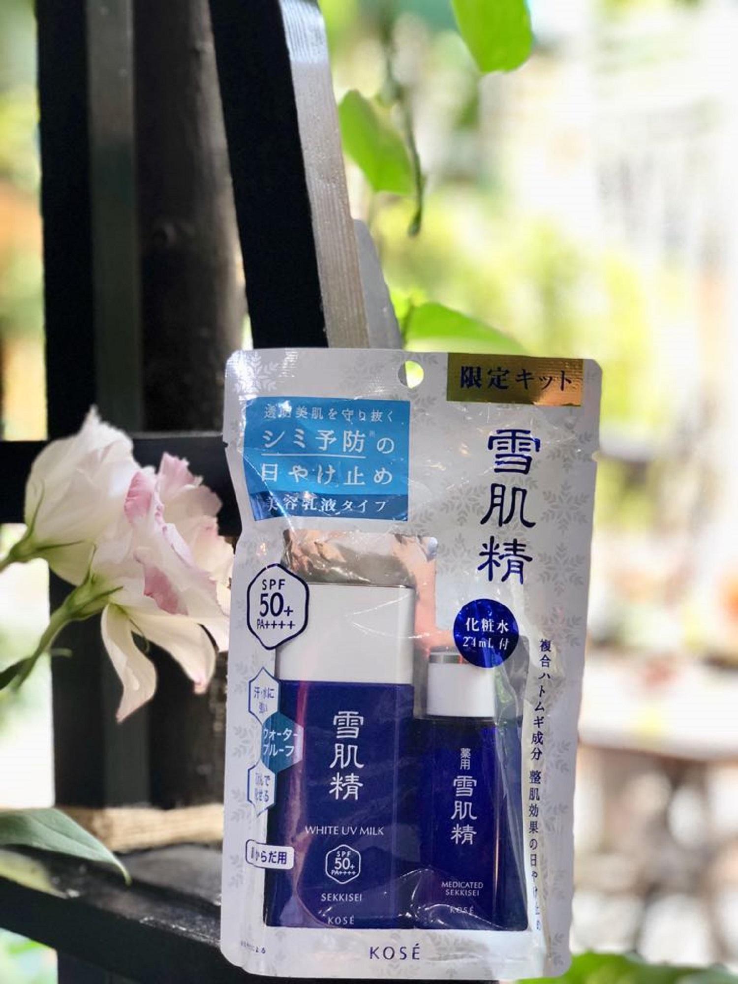 Kem chống nắng KOSE White UV Milk SPF 50 TẶNG NƯỚC HOA HỒNG chính hãng