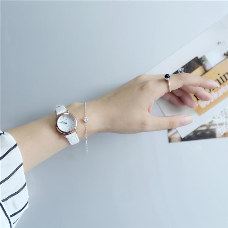 Nơi bán Đồng hồ Quartz siêu mỏng dây da chống nước chống sốc