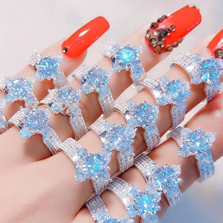 Nhẫn nữ thời trang
