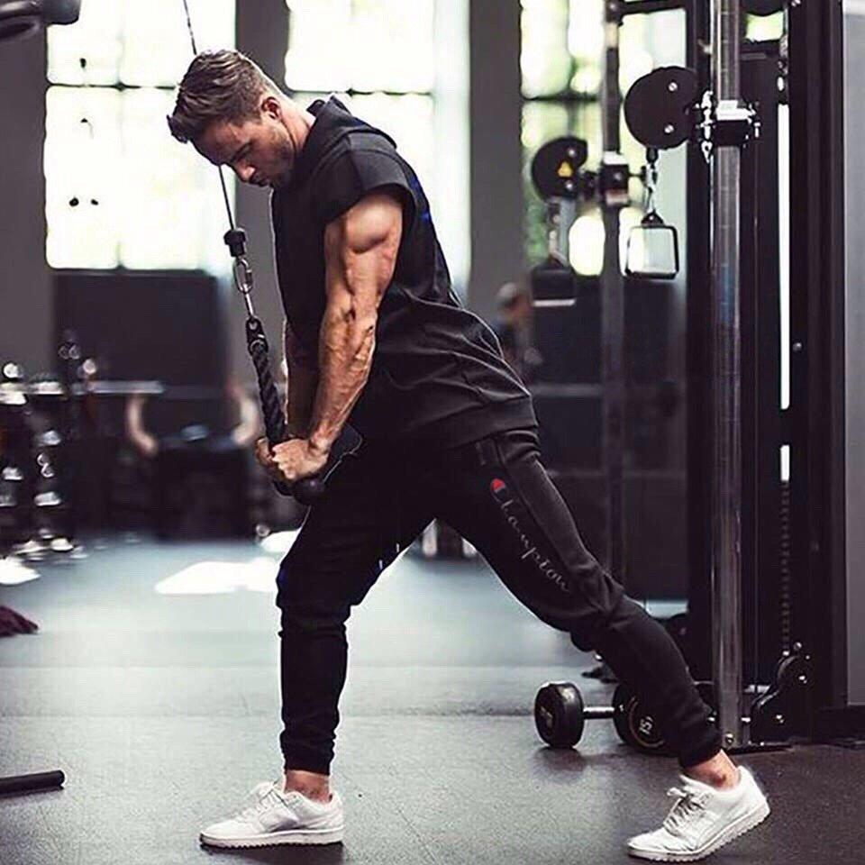 Kết quả hình ảnh cho jogger adidas tại phòng gym