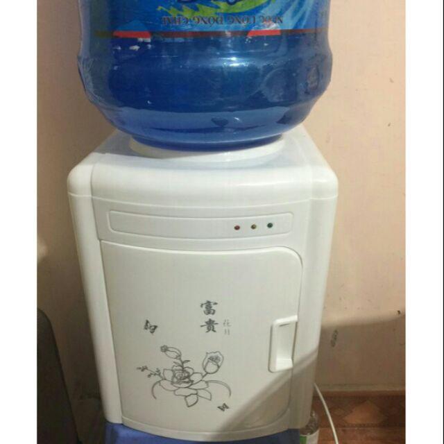 Hình ảnh Cây nước nóng mini có cửa che vòi nước an toàn cho trẻ nhỏ