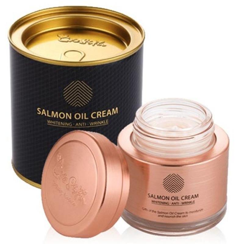 Kem dưỡng da Salmon Oil Cream chiết xuất từ cá hồi  Hàn Quốc 50ml cao cấp
