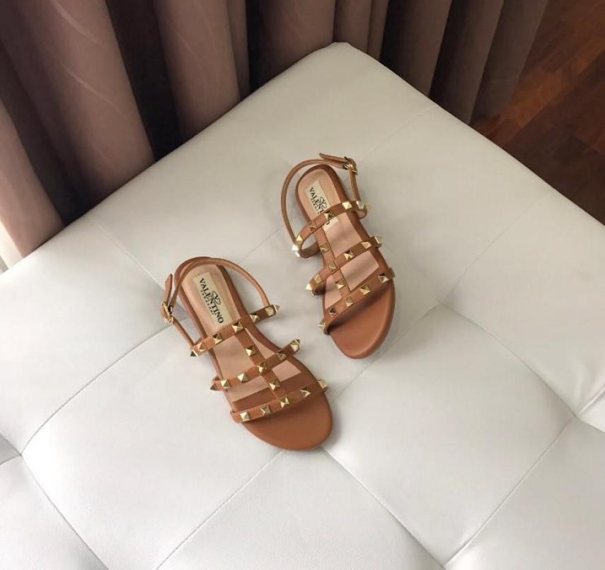 giày sandal lưới đinh bệt giá rẻ