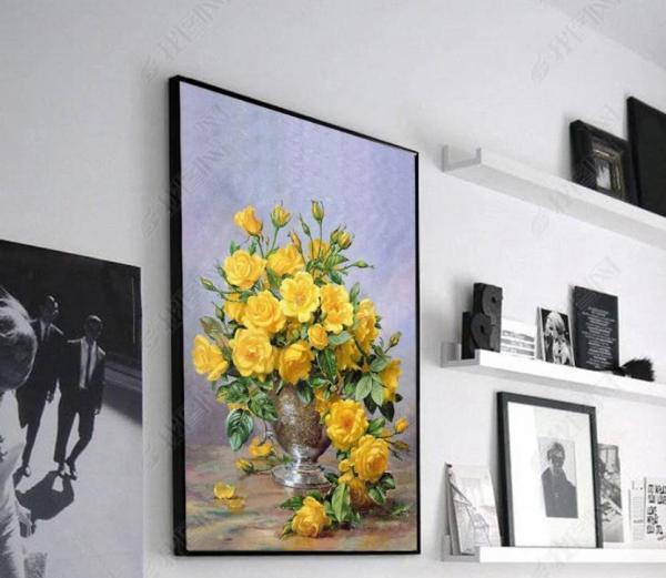 Sale giá gốc tranh treo tường phòng khách Lọ Hoa hồng vàng 3D, tranh in sắc nét rực rỡ, tặng kèm đinh treo