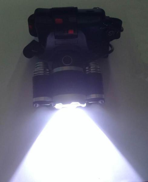 Đèn pin sạc đeo đầu, đèn pin đội đầu chống nước -Đèn pin đội đầu 3 bóng LED Siêu sáng cao cấp Cree T6 - TẶNG KÈM 2 PIN VÀ CỤC SẠC