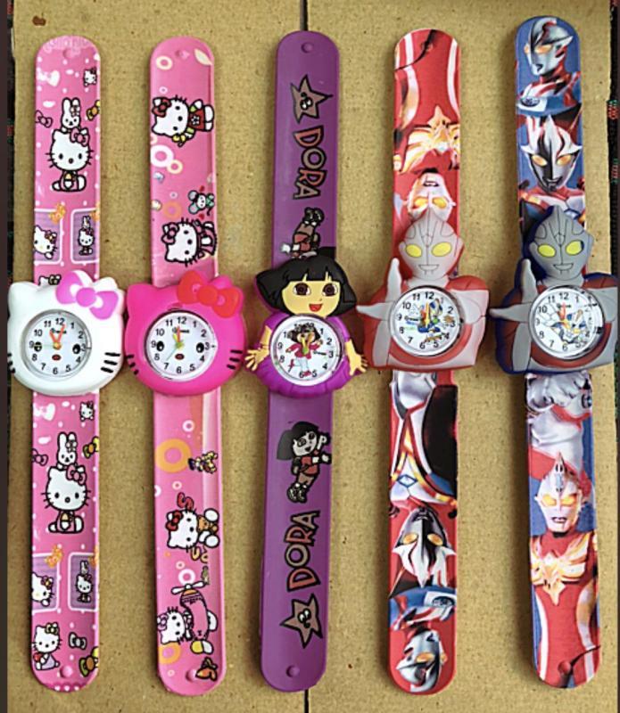 Nơi bán Combo 2 Đồng hồ đập tay thời trang cho bé trai (Kiểu dáng bất kỳ)
