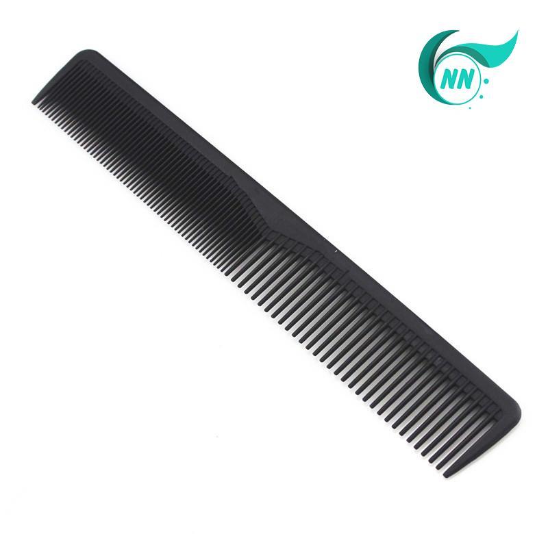 Lược Thẳng 2 đầu thưa 5 mm , dầy 1 mm , dài 17,4 cm x 2,5 cm Lược thường giá thành thấp ( đen ) phụ kiện cho tóc tốt nhất