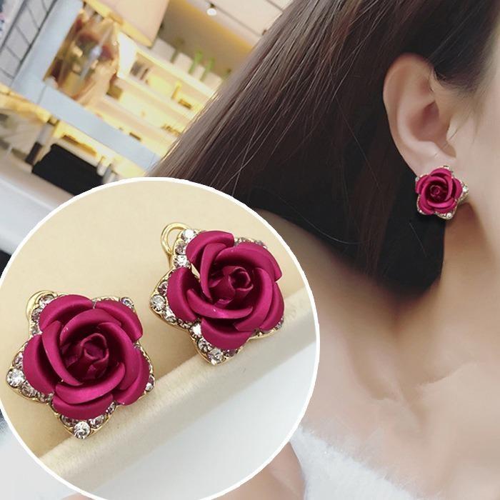 Bông tai nữ hoa hồng lãng mạn phong cách Hàn
