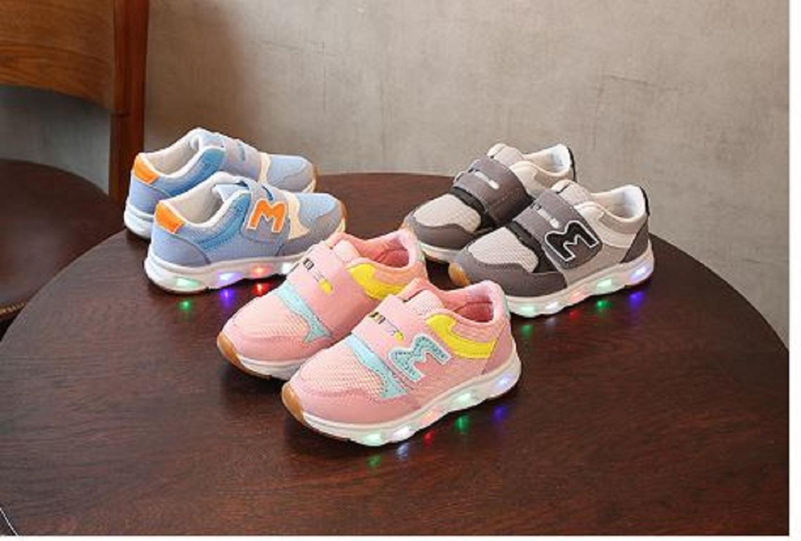Giá bán Giầy trẻ em giầy thể thao trẻ em có đèn Led bền đẹp giá tốt A-1B-1M màu xanh  -AL