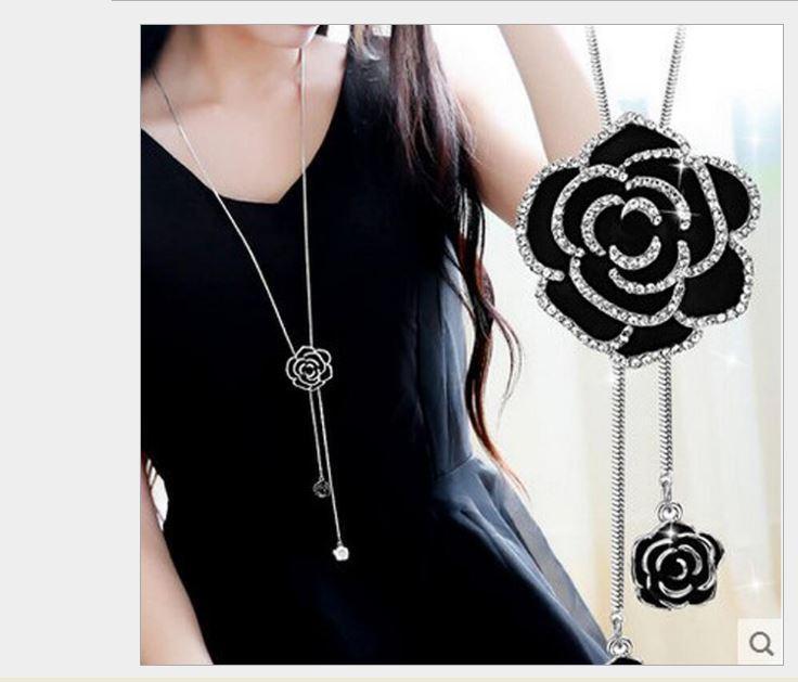 Dây chuyền nữ dài hoa hồng đen đính pha lê lấp lánh sang trọng Nhật Bản