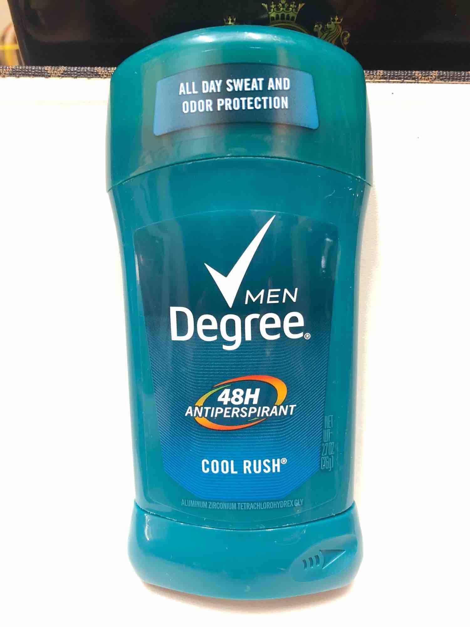 Sáp Lăn Khử Mùi Degree Men Dry Protection (76g) nhập khẩu