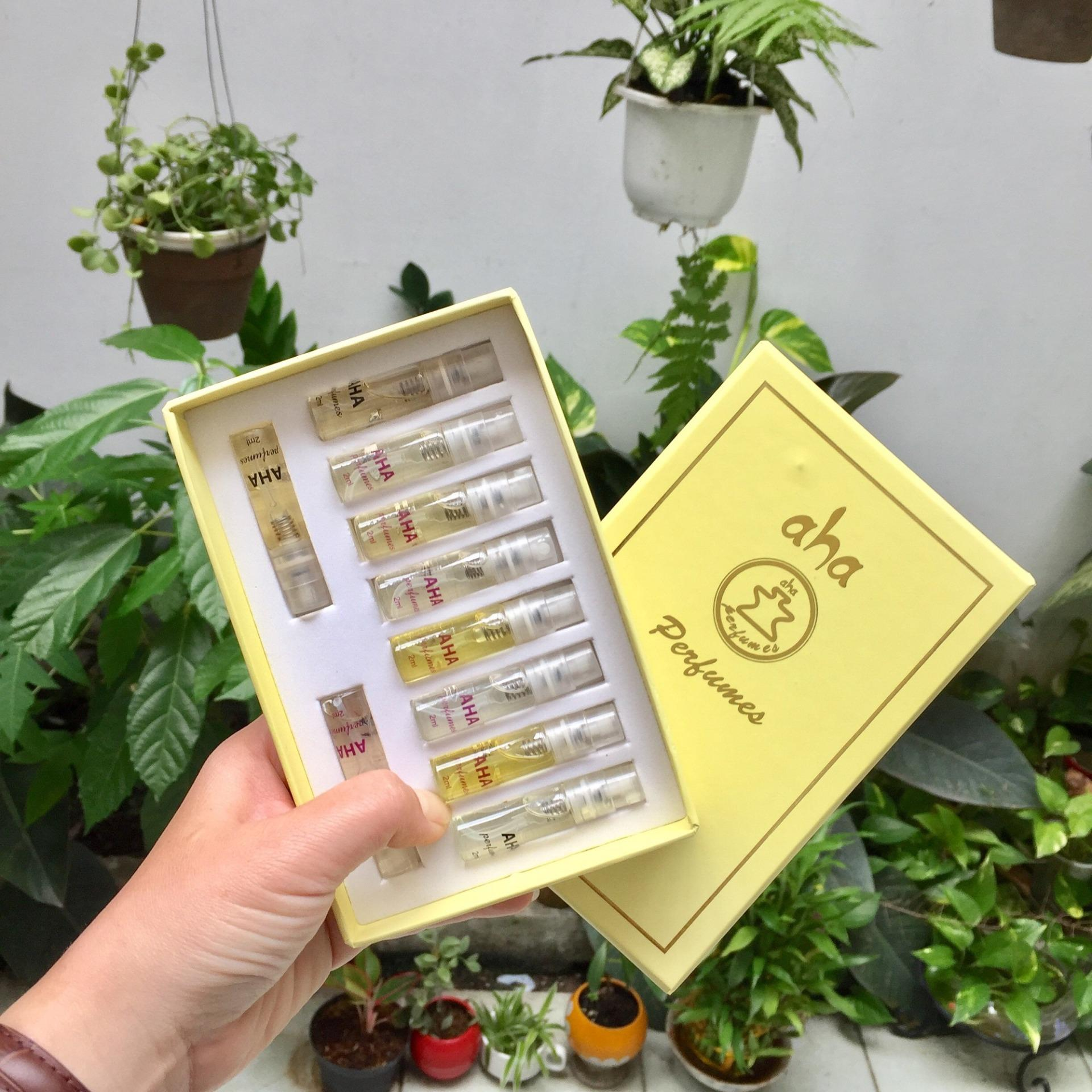 Combo 10 mẫu thử 2ml dạng xịt nước hoa nữ AHAPERFUMES