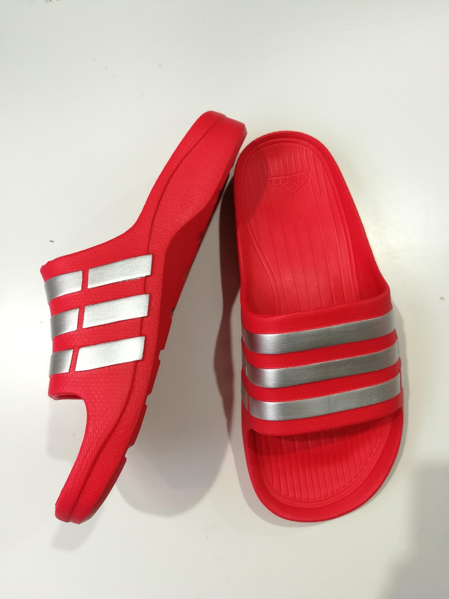 Dép đúc Adidas Duramo Đỏ sọc bạc nguyên khối