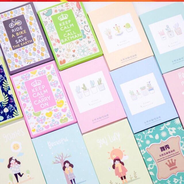 Một gói 50 tờ giấy thấm dầu phong cách Hàn Quốc