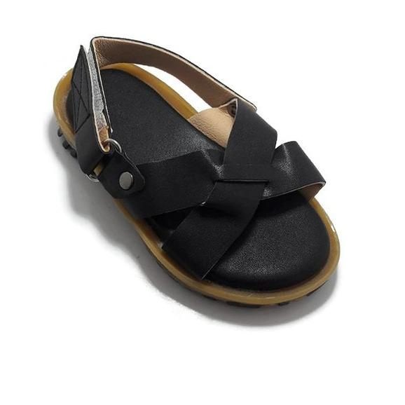 Hình ảnh Sandal Bé Trai Quai Chéo Màu Đen Thời Trang