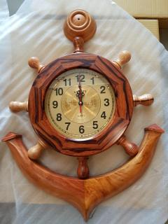 Đồng hồ treo tường mỏ neo gỗ cẩm lai cao 80cm ngang 60cm thumbnail
