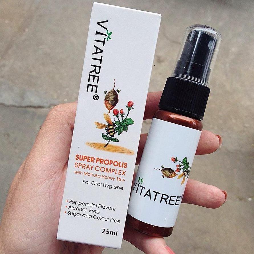 Chai xịt keo ong giảm đau họng Vitatree Úc- 25ml nhập khẩu