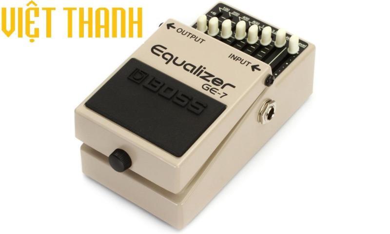 Fuzz Guitar Electric Boss GE7 Hoạt Động Bằng Pin 9V hoặc bộ nguồn AC Adaptor
