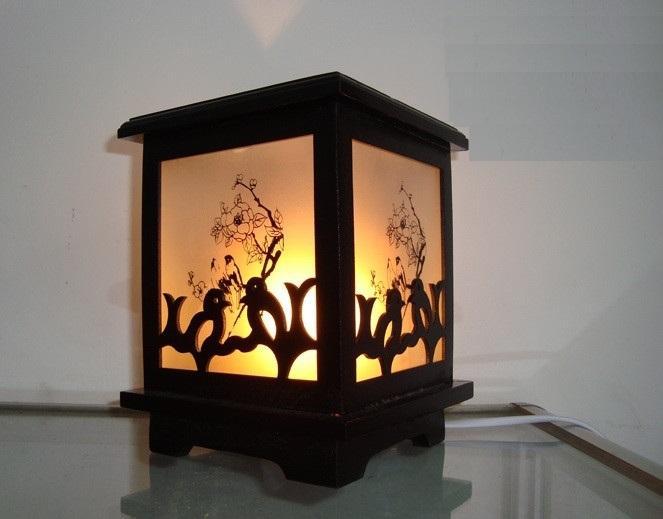 Đèn xông tinh dầu gỗ M0087