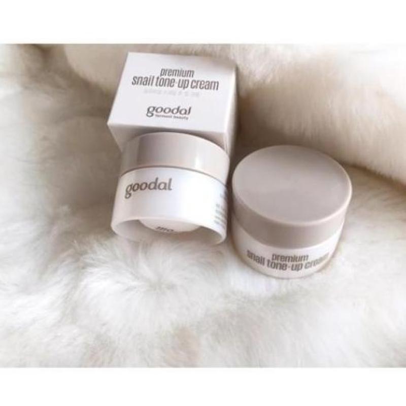 Kem dưỡng trắng da và nâng tone da tức thì Ốc Sên Goodal Premium Snail Tone-Up Cream hộp Mini